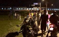 TNGT nghiêm trọng: Tàu húc văng xe 7 chỗ, 5 người thương vong