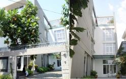 Biệt thự 500m2 của Trương Ngọc Ánh: Phòng khách chứa 100 người, nhà vệ sinh không thua khách sạn 5 sao