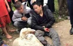 Nghi trộm chó giữa ban ngày, 2 thanh niên bị người dân vây bắt