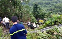 Lật xe trên đèo Hải Vân: Xe khách rơi xuống vực, 21 người bị thương
