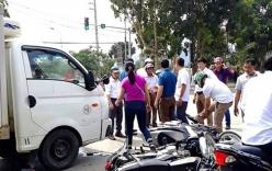 Nghệ An: Xe tải tông loạt xe máy chờ đèn đỏ, 3 người cấp cứu