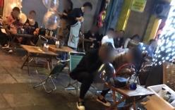 Clip: Giật mình bóng cười tràn ra vỉa hè phố lớn Hà Nội những ngày đầu năm Tết Kỷ Hợi 2019
