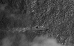 Gần 100 tàu Trung Quốc ồ ạt cản Philippines xây đảo tại Trường Sa