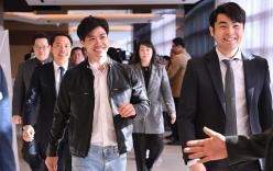 Công Phượng rạng rỡ trong ngày ra mắt CLB Incheon United tại Hàn Quốc