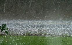 Dự báo thời tiết nguy hiểm: Đề phòng mưa đá và dông lốc ở Bắc Bộ