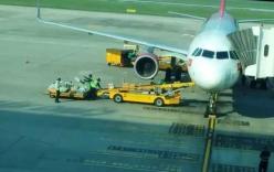 Hai nhân viên sân bay Đà Nẵng ném hành lý của khách nhận án phạt