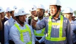 """Bộ trưởng Đinh La Thăng: """"Một đồng cũng không được, ai phá đường thì đền"""""""