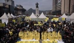 Hàn Quốc: Cạo đầu tập thể biểu tình vụ chìm phà Sewol