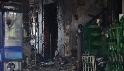 Cận cảnh bên trong quán karaoke Trần Thái Tông biến dạng sau hỏa hoạn