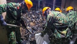 Vụ cháy công ty Rạng Đông: Đã thu gom được hơn 24.000 kg phế thải nhiễm độc