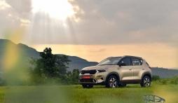 Kia Sonet 2021 tạo cơn sốt chưa từng có khiến Hyundai Venue và Nissan Magnite cũng phải ghen tỵ