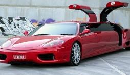 Xế hộp Ferrari 'hoán đổi thân phận' thành limousine tốc độ 'khủng' nhất thế giới