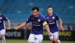 Văn Quyết đoạt Quả bóng Vàng: Fan bóng đá nhận xét không xứng vì không vô địch V.League?