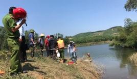 Chìm thuyền chở 12 người tại Thừa Thiên Huế