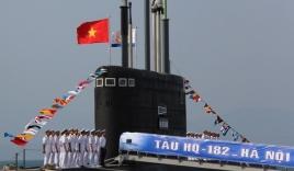 Tàu ngầm Kilo Hà Nội chính thức được Hải quân Việt Nam tiếp nhận