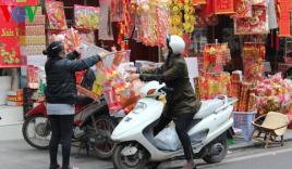 """Tết ông Công, ông Táo: Văn hóa truyền thống bị """"biến tướng"""""""