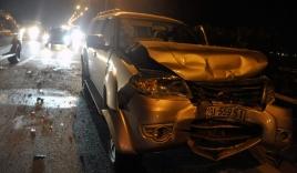Tai nạn liên hoàn, xế hộp bẹp dúm, cao tốc Pháp Vân tê liệt