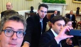 """Nhà Trắng """"nóng mắt"""" vì nhà báo Pháp chụp ảnh 'tự sướng'"""