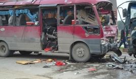 Xe khách phát nổ trên quốc lộ 1A, gần 20 người thương vong