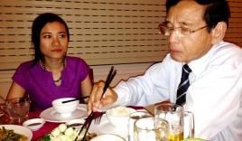 Đại gia Lê Ân: U70 già vẫn không hết hot