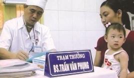 Bác sĩ ra Trường Sa, mổ ruột thừa bằng… dao lam