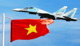 Clip: Bộ tứ máy bay chiến đấu Việt Nam xuất kích