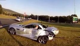 Mercedes SL55 AMG bị Cocacola hạ gục