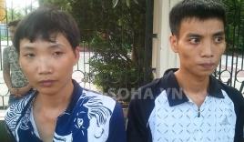 2 thanh niên dắt dao bầu sau lưng bị 141 bắt