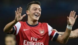 Kém cỏi hơn, Mesut Oezil vẫn giành giải nhờ nhiều fan hâm mộ