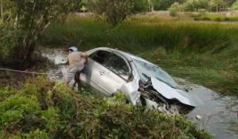 Để người Việt không phải chết tức tưởi khi xe ô tô chìm trong nước