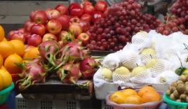 Tiết lộ kinh hoàng của chuyên gia về hoa quả ướp hóa chất