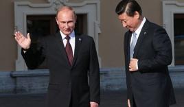 """Mỹ khiến quan hệ Nga-Trung """"nồng ấm"""""""