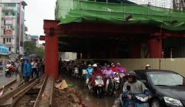 Phó Thủ tướng yêu cầu điều tra vụ tai nạn chết người tại dự án đường sắt trên cao