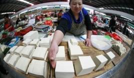 Trung Quốc: Mang 100 tấn đậu phụ nhiễm độc ra chợ bán