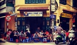 Sở thích uống bia hơi đường phố ở Hà Nội lên báo Mỹ