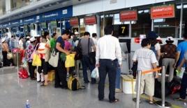 Giám sát an ninh 1 năm hai hành khách dọa có mìn trong hành lý