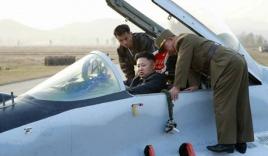 Kim Jong-un hứa xây rạp chiếu phim cho Không quân Triều Tiên