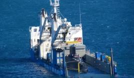 Hình ảnh hạ thủy tàu ngầm Hải Phòng tại vịnh Cam Ranh