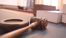 Một luật gia thắng kiện số tiền 54 tỷ đồng