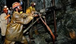 Nam Phi giải cứu thành công gần 500 thợ mỏ mắc kẹt dưới lòng đất