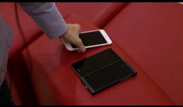 Smartphone BKAV so khả năng nghe nhạc với iPhone 6 Plus