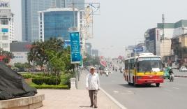 Hà Nội: Khốn khổ nắng nóng đường phố 'trơ bóng' cây xanh