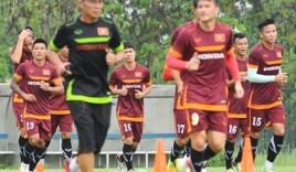 Bão chấn thương càn quét bóng đá Việt Nam: Tại… ông trời?
