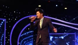Vietnam Idol 2015 Gala 2: Trọng Hiếu được khen hát tiếng Việt tốt hơn Thanh Bùi