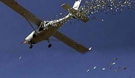 Đại gia phi trăm triệu 'máy bay tiền' qua cửa sổ