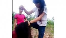 Chỉ vì bảo vệ cún cưng, nữ sinh Hà Nội bị đánh dã man