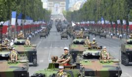 Quân đội Pháp phô diễn sức mạnh trong ngày Quốc khánh