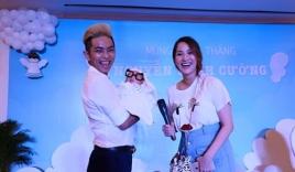 Phan Hiển khoe clip ru con trai ngủ kết hợp dạy nhảy dancesport