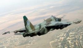 Cận cảnh 'bão lửa' dữ dội từ cường kích Su-25 Nga