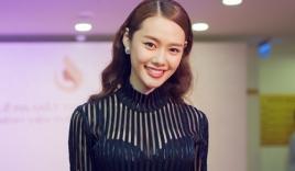 Linh Chi quyến rũ với đầm xuyên thấu dự sự kiện